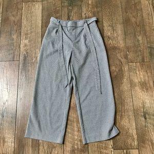 Zara • TRF Houndstooth Culotte Wide Leg Trouser